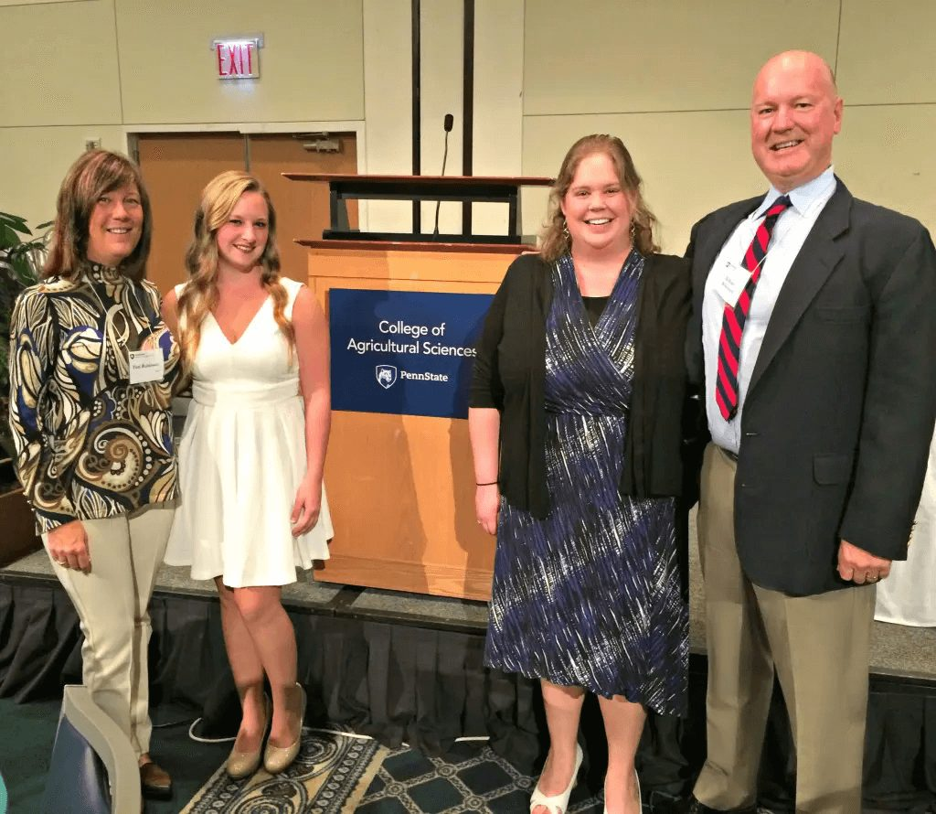 college scholars receiving agriculture scholarship